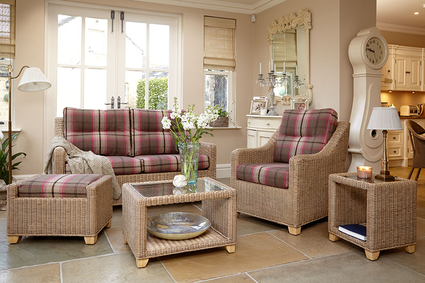https://www.firstfurniture.co.uk/pub/media/catalog/product/1/7/17-854-S25NW-B_80534.jpg