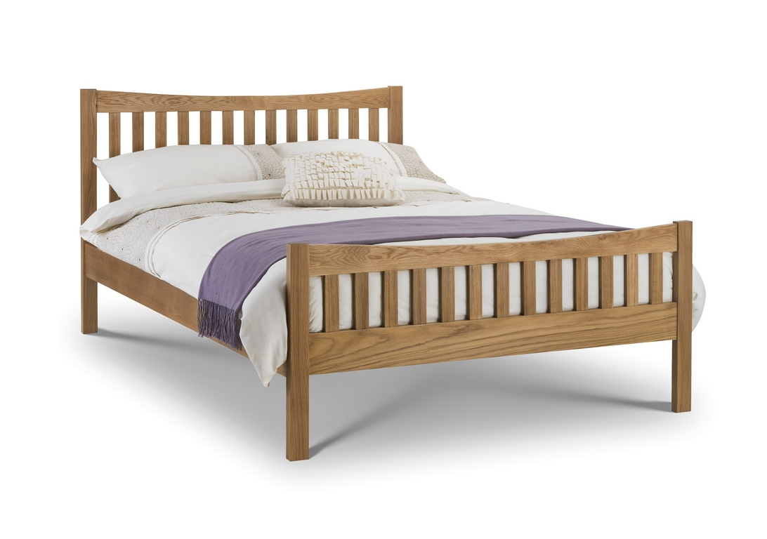 https://www.firstfurniture.co.uk/pub/media/catalog/product/B/e/Bergamo-Oak-Bed-135cm_34133.jpg