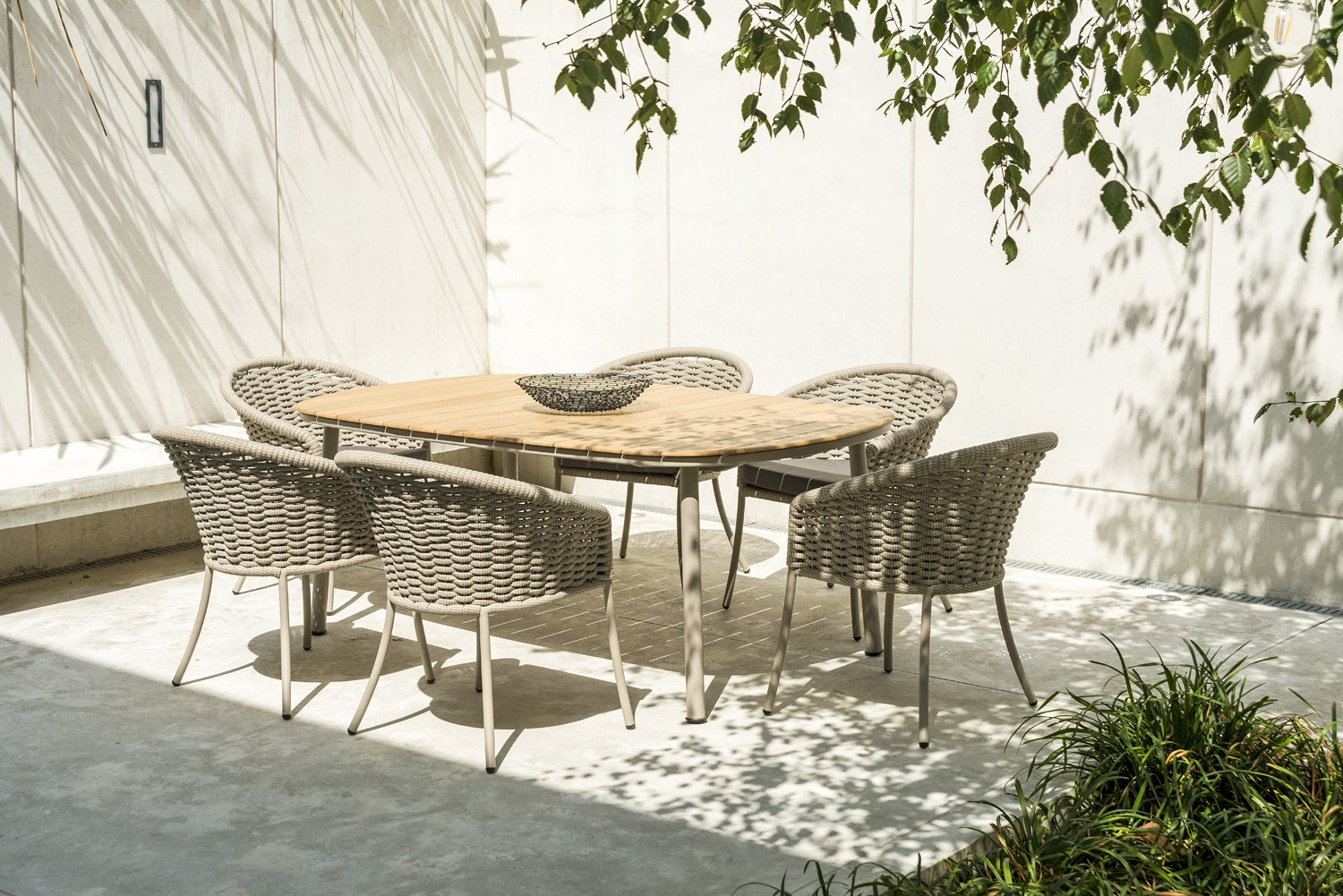 Alexander Rose Cordial Beige Rope Roble 6 Seat Rect. Dining Set