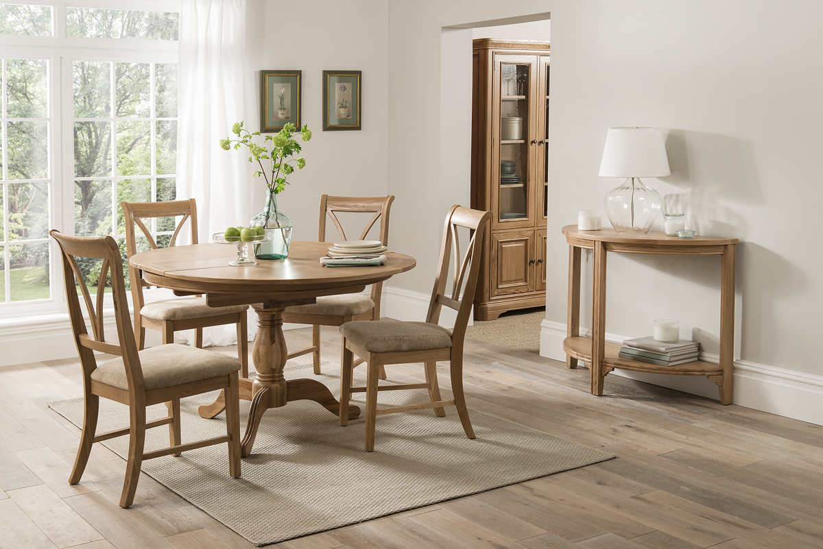 Carmen Round Oak Extending Dining Table + 4 Chairs