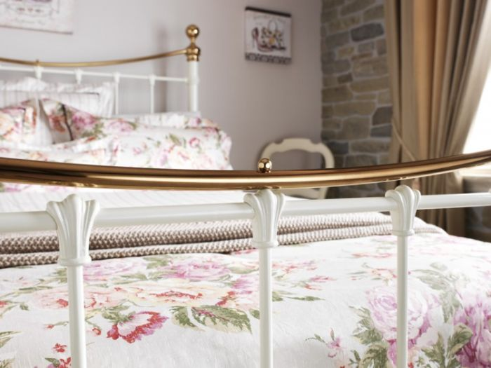 in Ivory Gloss or Black Free Del Serene Lyon 4ft Small Double Metal Bed Frame