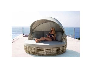 Skyline Dynasty Rattan Day Bed