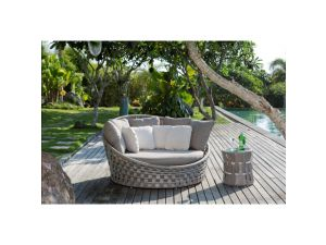 Skyline Strips Rattan Round Day Bed
