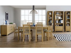 Bentley Designs Casa Oak 6-8 Ext. Table And 8 Slatted Chairs