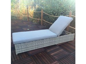 Royalcraft Windsor Rattan Sun Lounger With Cushion