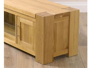 Tampa Solid Oak With Glass Sheleves 2 Door TV Unit