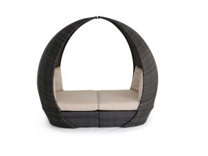 Maze Tulip Brown Rattan Daybed