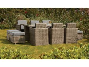 Royalcraft Wentworth Rattan 10 Seat Cube Set with Stools and Cushions