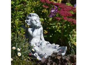 Europa Cherub On Leaf Stone Effect