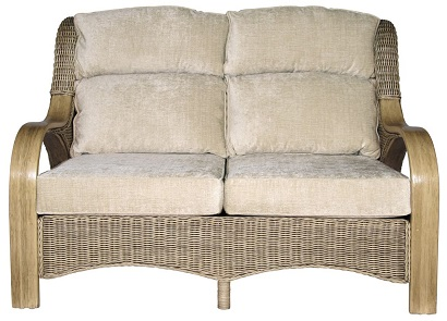 https://www.firstfurniture.co.uk/pub/media/catalog/product/h/a/habasco_verona_2.5_seater_sofa_in_natural_wash.jpg