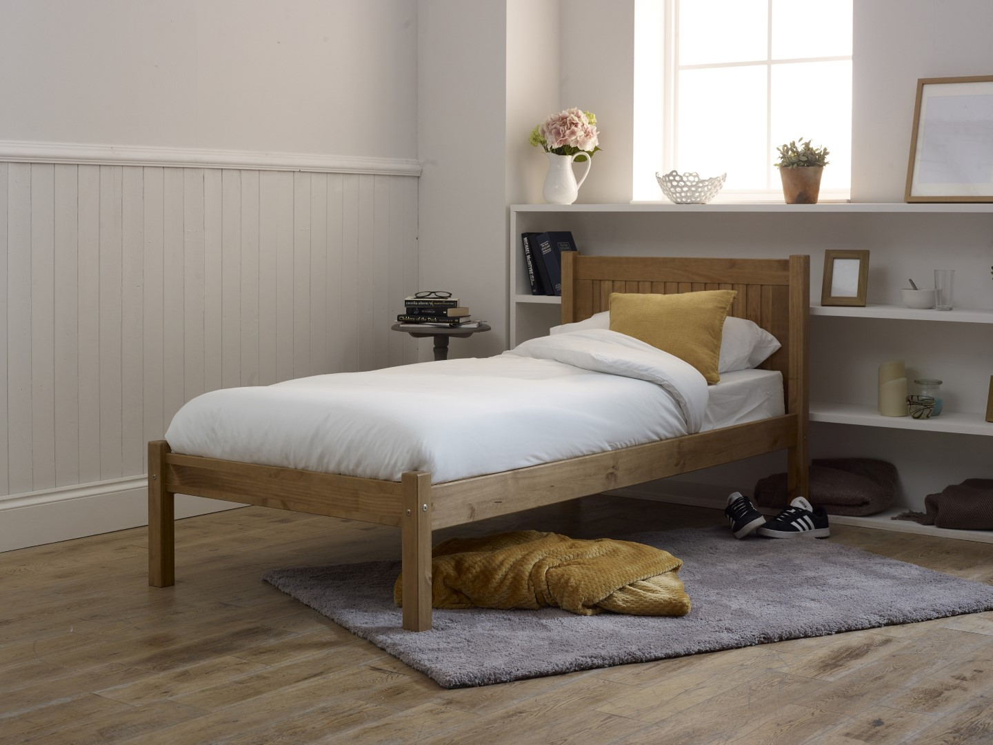 Limelight Capricon 3ft Single Pine Wooden Bed