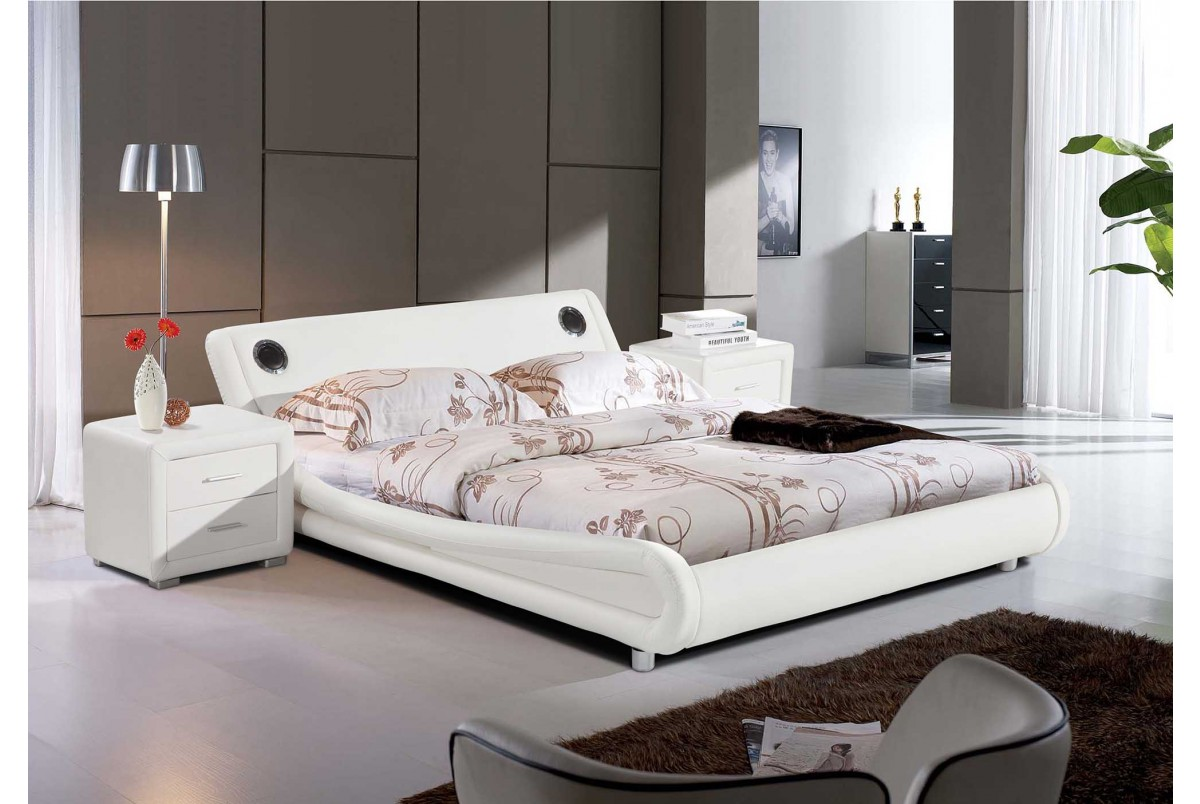 Montana Bluetooth White Faux Leather 4ft6 Double Bed