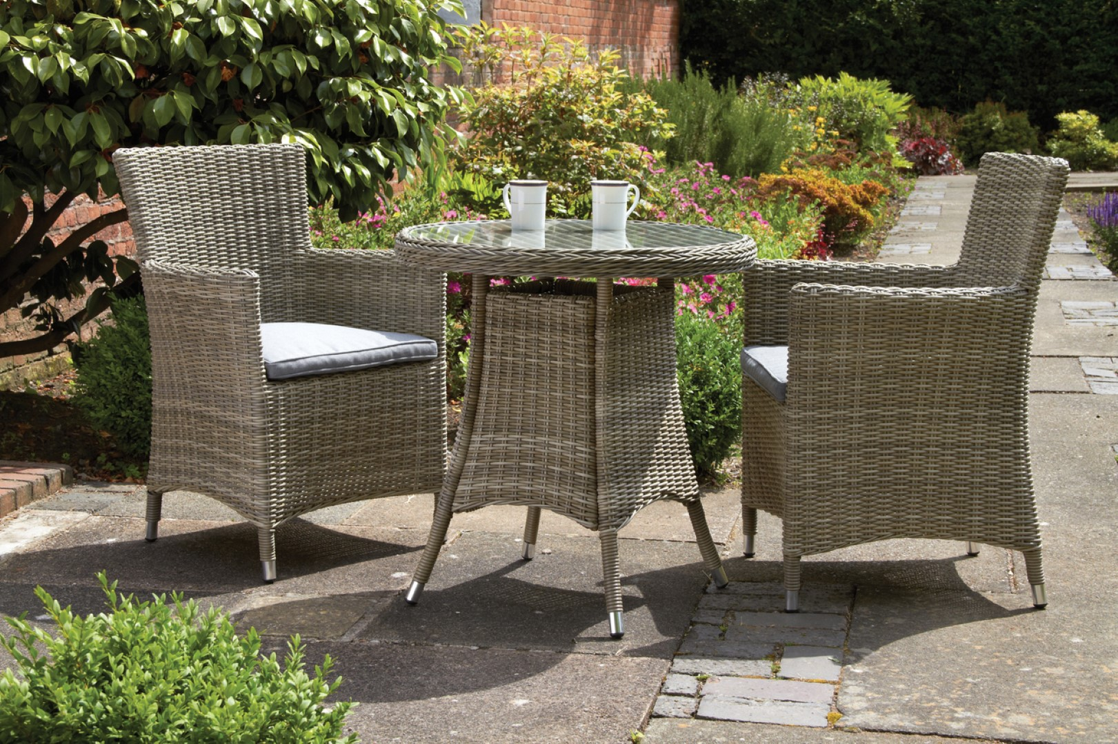 Royalcraft Wentworth 2 Seater Round Carver Rattan Bistro Set with WS Cushions