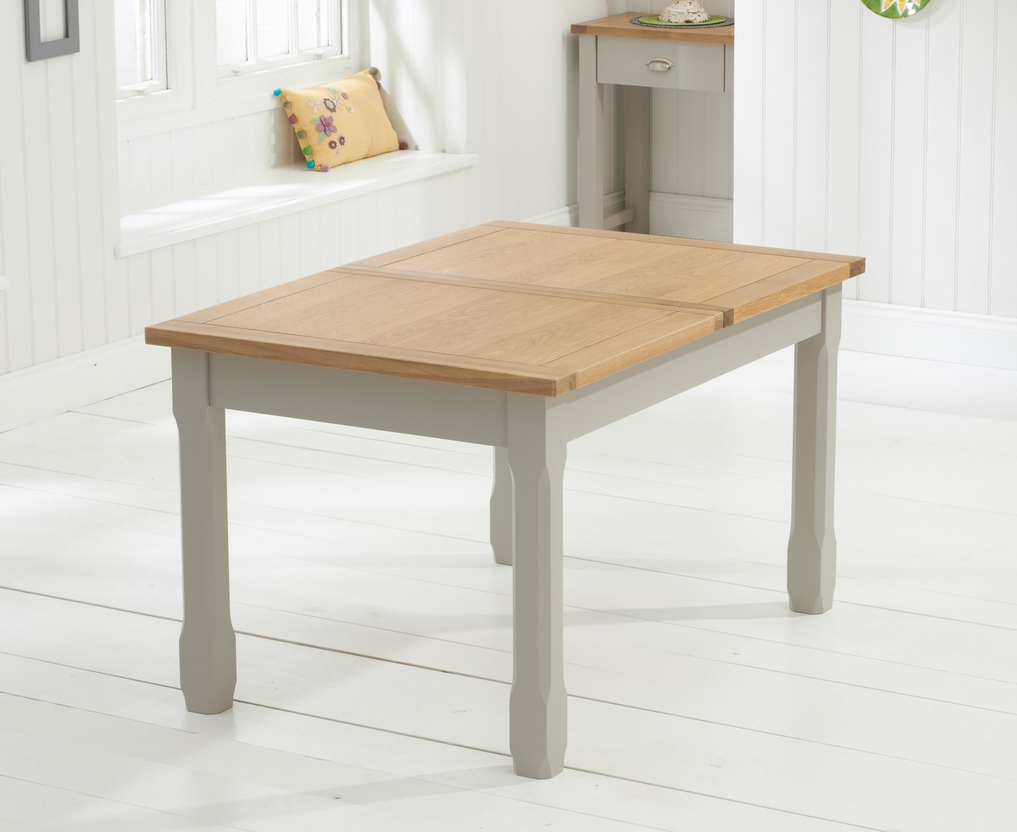 Sandringham Ext. 186cm Oak and Painted Grey Rectangular Dining Table