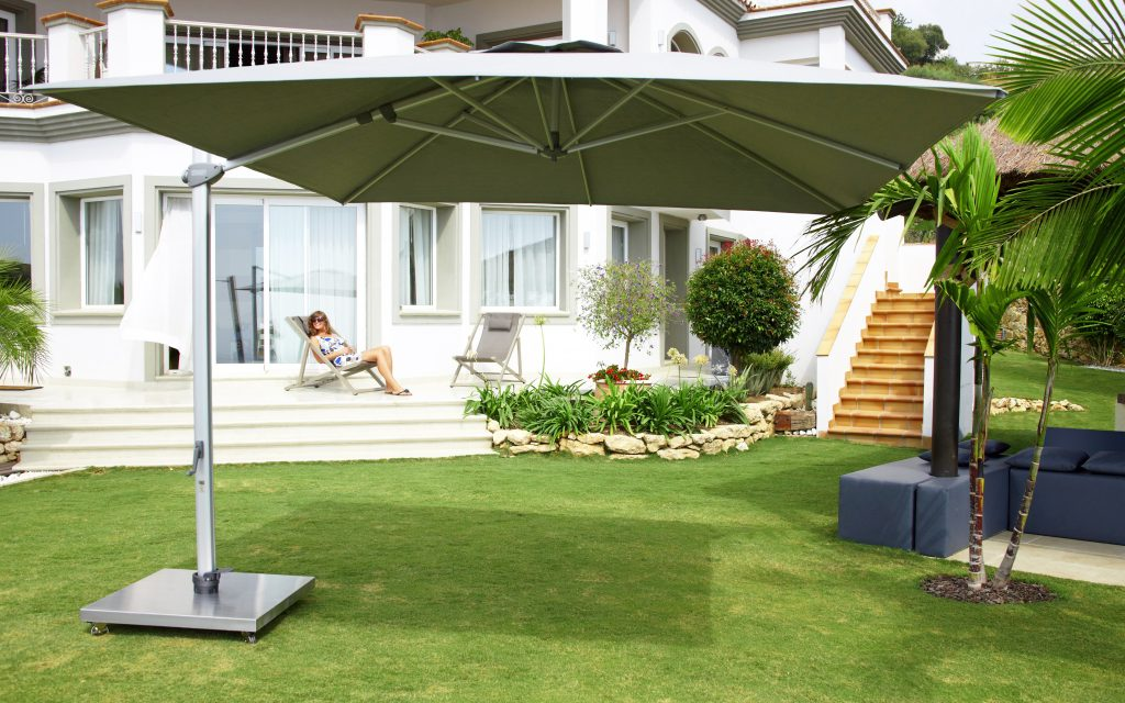 Skyline Aruba Grey Cantiliver 3M Square Parasol With Base And Cover