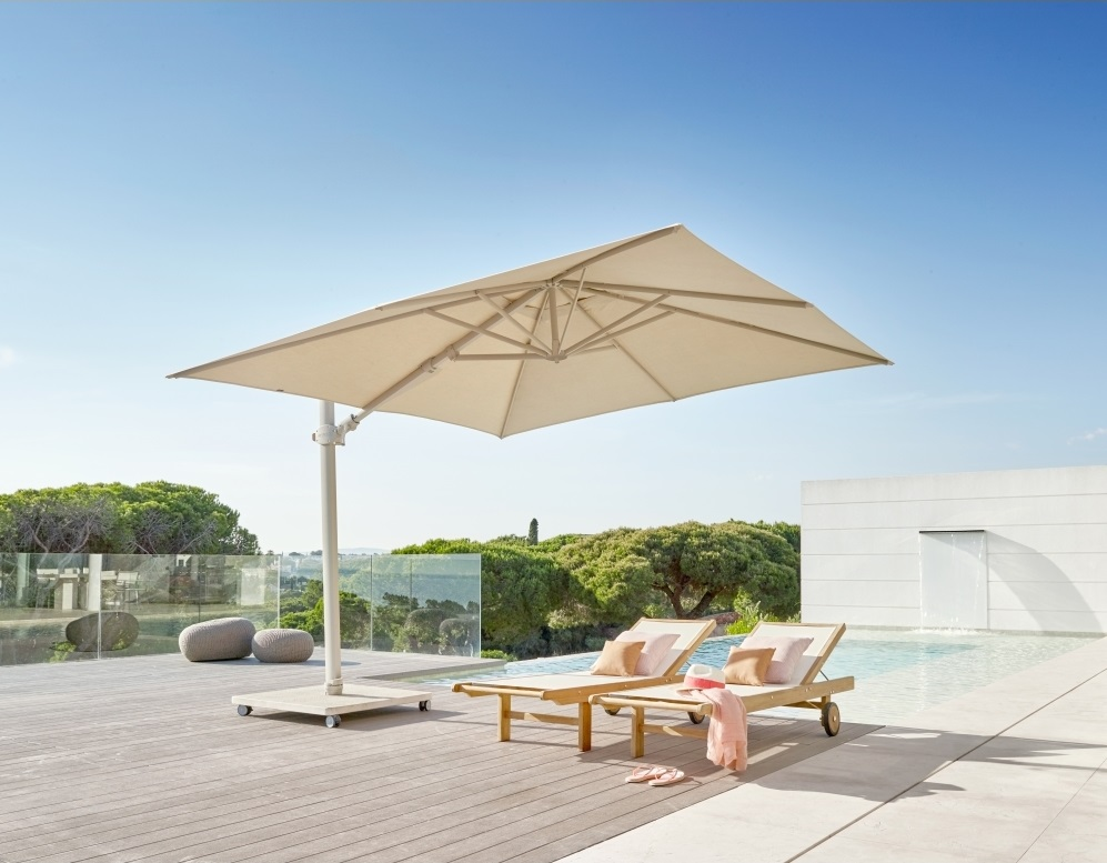 Skyline Cali Taupe Cantiliver 3M Square Parasol With Base And Cover