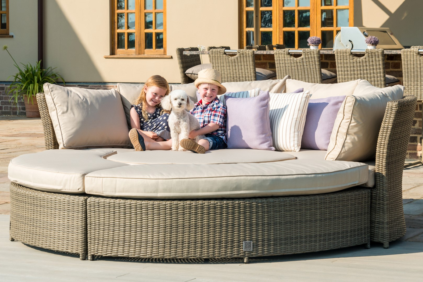 Maze Winchester Natural Rattan Lifestyle Suite
